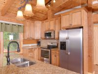Cabin in the smokies Fully equipped modern kitchen