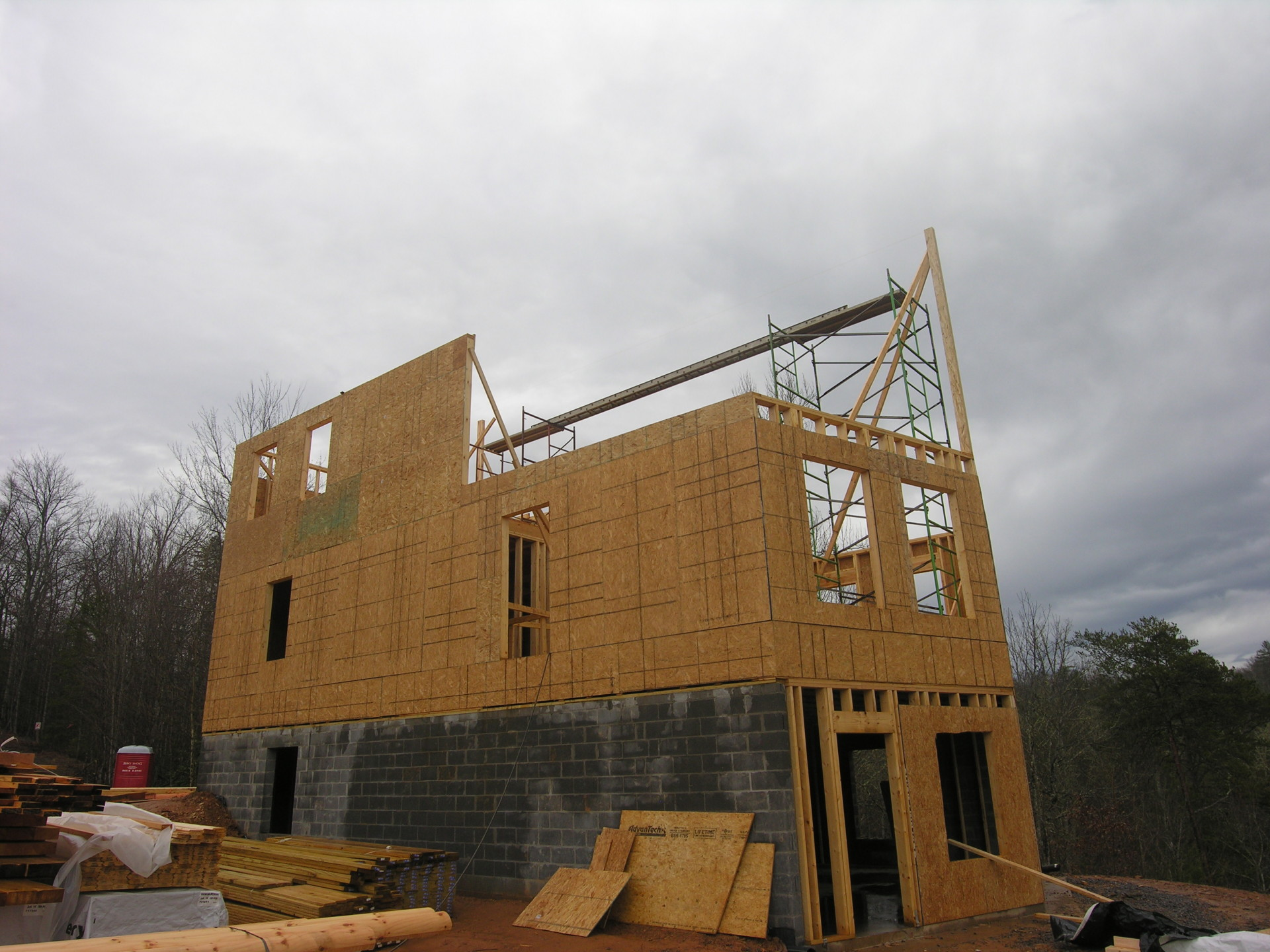 Ridge View Lodge 2nd floor being framed; getting ready to hoist the ridge beam