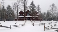 Smoky mountains cabin beautiful snowy day